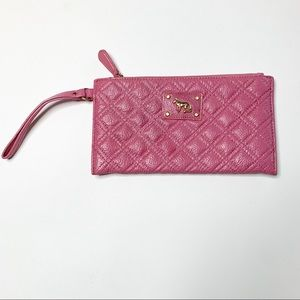 Emma Fox quilted Leather wristlet pink